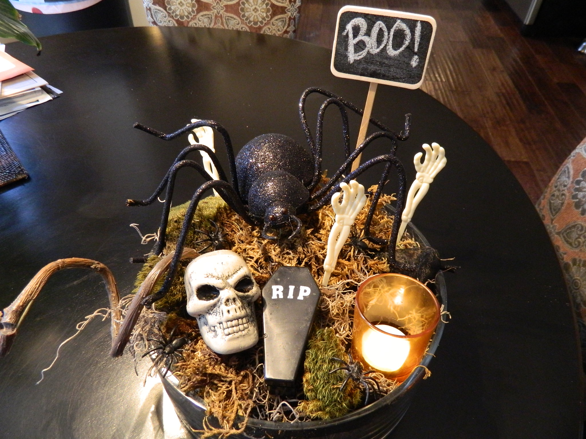 8 Innovative Ideas For Halloween Table Decorations